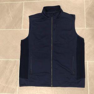 Vineyard Vines men's fleece vest size L.